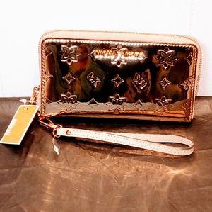 Michael Kors Jet Set Cell Phone wristlet Wallet